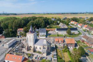 Vue aérienne de l'Eglise et du cimetière