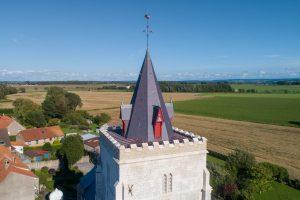 Vue aérienne du clocher de l'Eglise